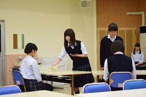 【茶道部】校内でお茶会を開催!
